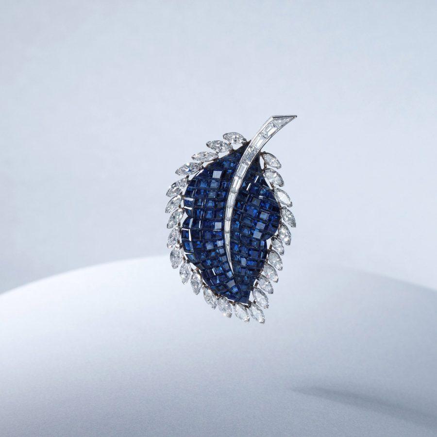 van cleef & arpels broche diamant saffier serti invisible