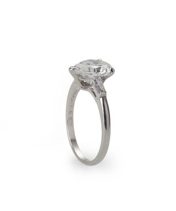 Cartier solitair ring druppel 2.02 ct