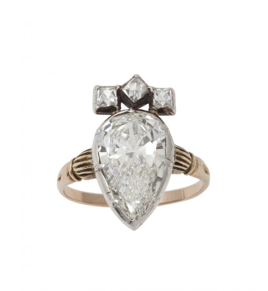 Antieke ring peer briljant diamant ca 1900