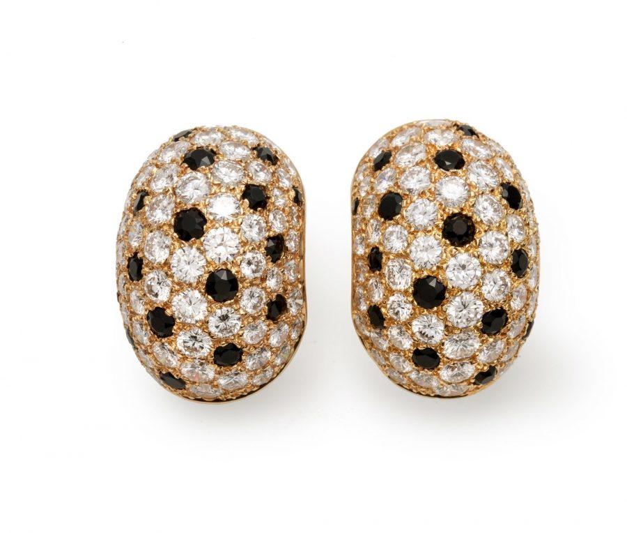 Van CLeef & Arpels oorbellen diamant onyx