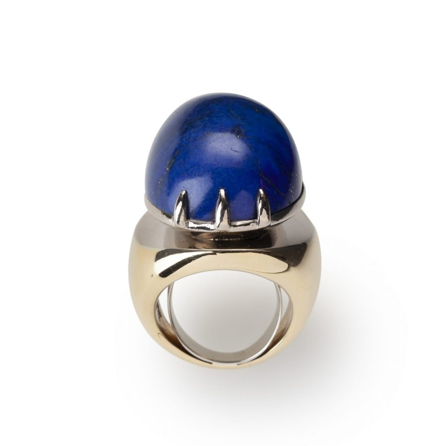 Ring lapis lazuli cabochon