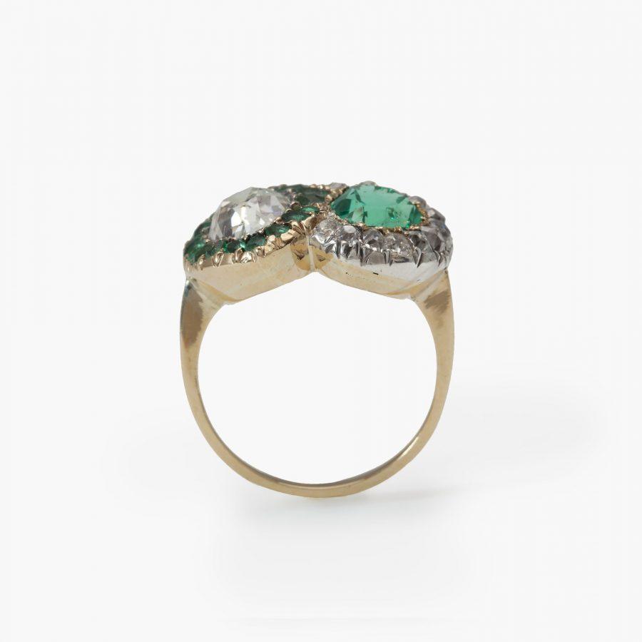 Antieke ring diamant smaragd twee harten