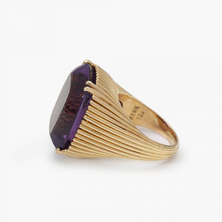 René Kern amethist ring