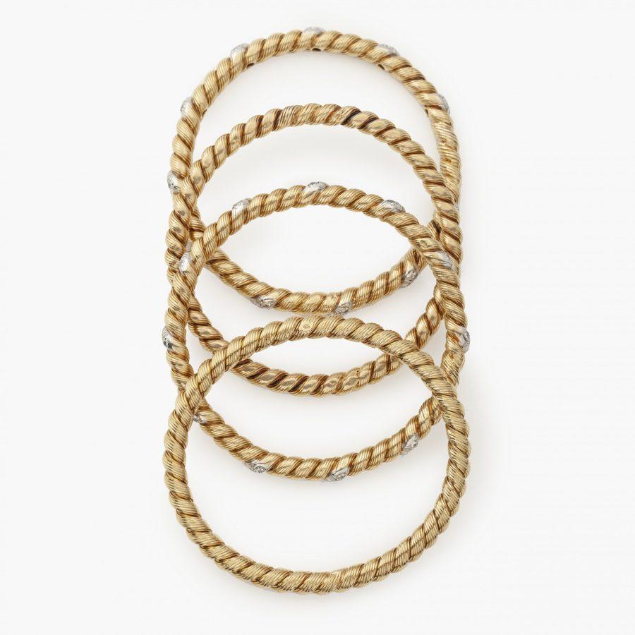 set van 3 of 4 stijve armbanden door Van Cleef & Arpels Parijs ca 1970