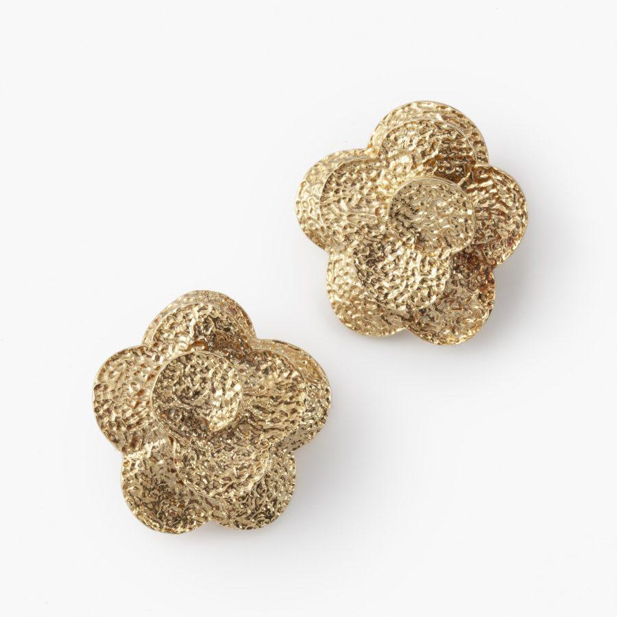 Van Cleef & Arpels oorclips bloemen geëtst Parijs 1972
